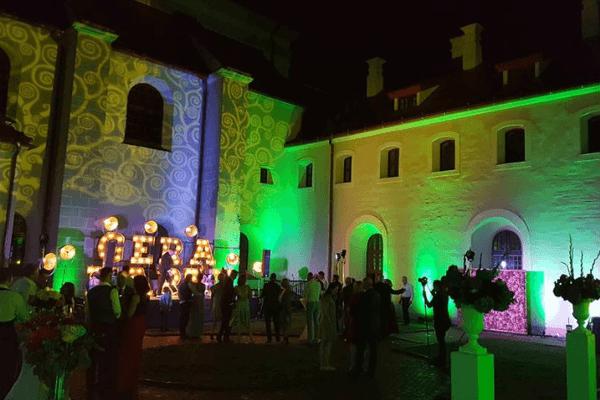 Vilniaus Senamiesčio Širdyje - Išskirtinė Vieta Vestuvėms vestuvių šventė vakare